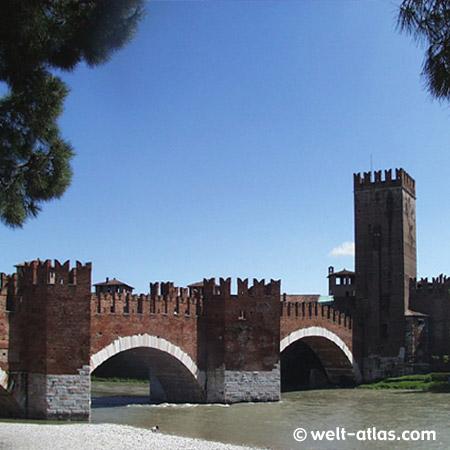 Verona, Castelvecchio and Ponte Scaligero, Italy