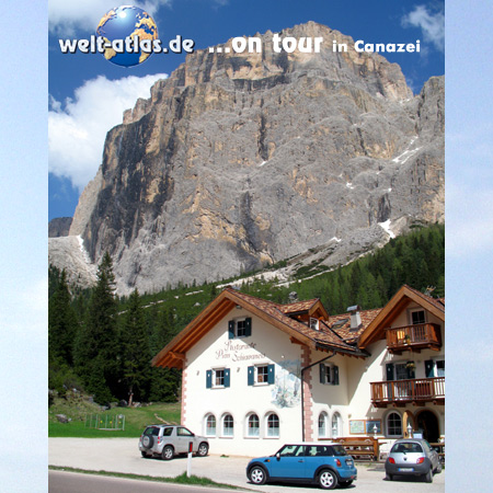 welt-atlas ON TOUR, mit Mini bei Canazei in den Dolomiten, UNESCO Weltnaturerbe