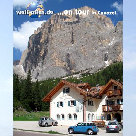 welt-atlas ON TOUR, mit Mini bei Canazei in den Dolomiten, UNESCO Weltnaturerbe