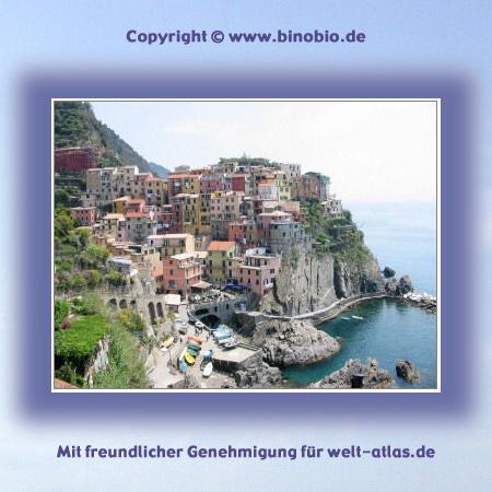 UNESCO World Heritage Site, Cinque Terre, view of Manarola