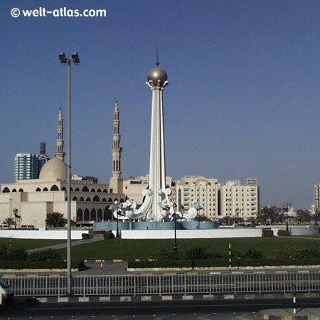Sharjah, König Faisal Moschee und Wahrzeichen