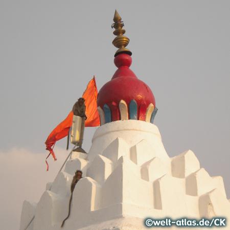 Die Spitze des Hanuman Tempel, Monkey Tempel auf dem Anjenaya Hill, Hampi, UNESCO-Weltkulturerbe, Indien
