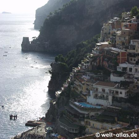 Positano, Häuser am Hang, Amalfitana