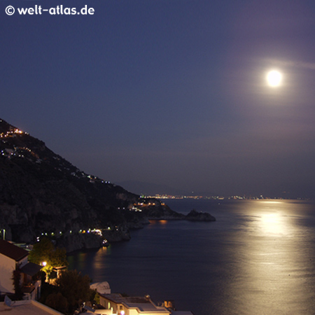 Praiano bei Vollmond, Amalfitana
