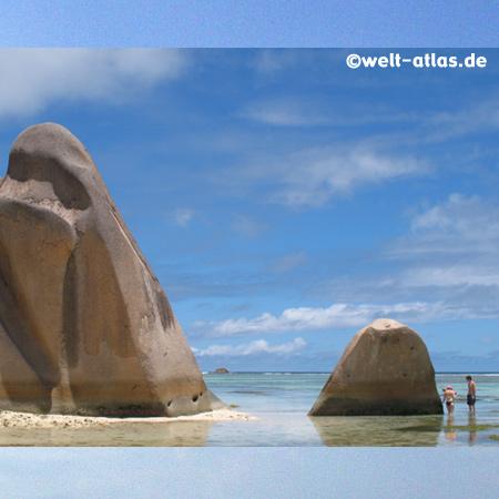 Traumstrand der Seychellen, Anse Source d´Argent mit Granitfelsen