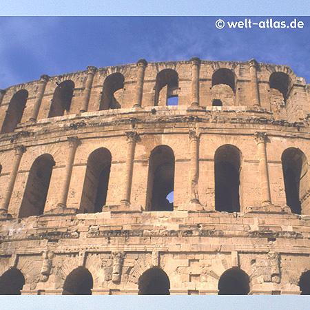 Römisches Amphitheater El Djem, wird für Konzerte genutzt. 60 km südlich von Sousse; Weltkulturerbe