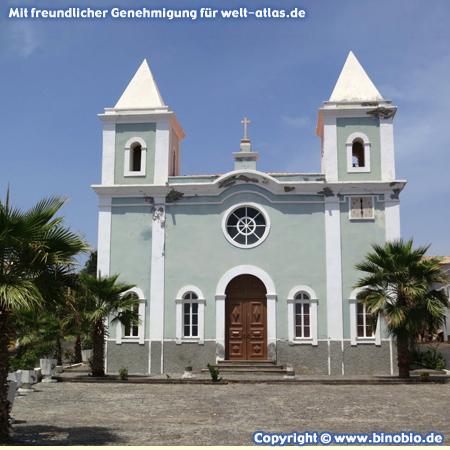 Die Kirche Nossa Senhora da Conceição in São Filipe auf der Insel Fogo, Kapverden – Fotos: Reisebericht Kapverden, kapverden.binobio.de