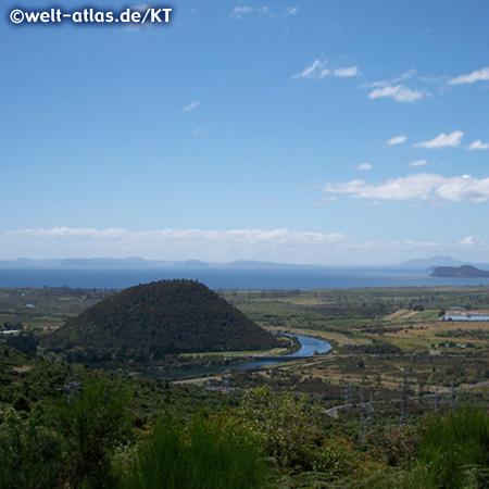 Lake Taupo, New Zealand view from Pihanga Saddle Lookout