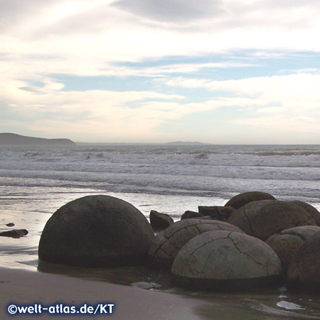 Moeraki Boulders at Koekohe Beach