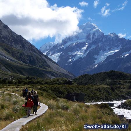 Auf dem Hooker Valley Track zum Mount Cook (Aoraki)