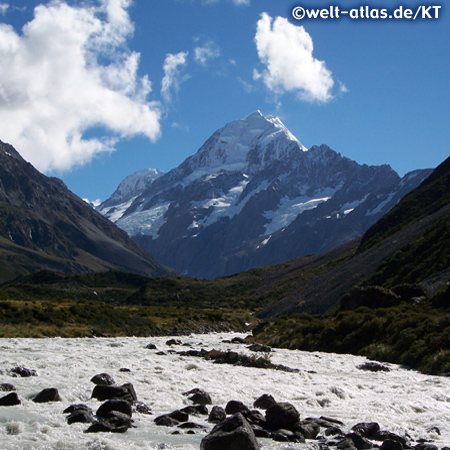 Aoraki / Mount Cook vom Hooker Valley Track aus gesehen