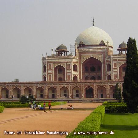 Humayun's tomb, Delhi, India UNESCO World Heritage SiteFoto:© www.reisepfarrer.de