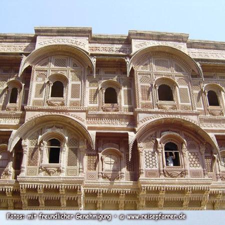 inside Mehrangarh Fort ofJodhpur, known as Blue City, IndiaFoto:© www.reisepfarrer.de