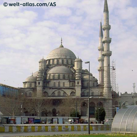 """Die """"Yeni Moschee"""" steht in Istanbul"""