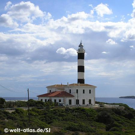 Lighthouse of Porto Colom,Far de Sa Punta de Ses Crestes, MallorcaPosition: 39° 24,9′ N / 03° 16,3′ E