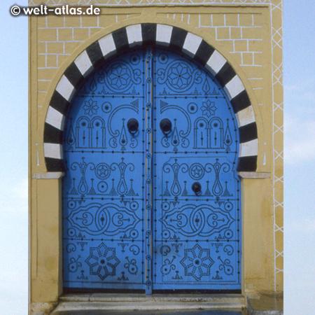 blue and white village of Sidi Bou Said, Cap Carthage, Tunisia