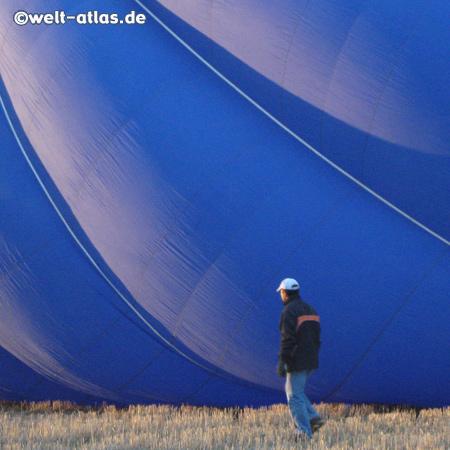 Vorbereitung zur Ballonfahrt, Start ins Abenteuer