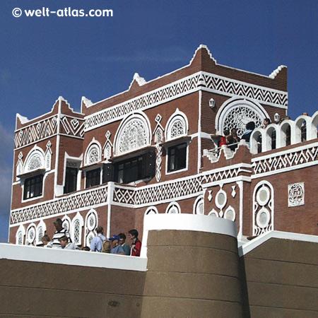 Expo Hannover, Pavillon des Jemen,Beispiel traditioneller Bauweise, inzwischen abgerissen (2009)