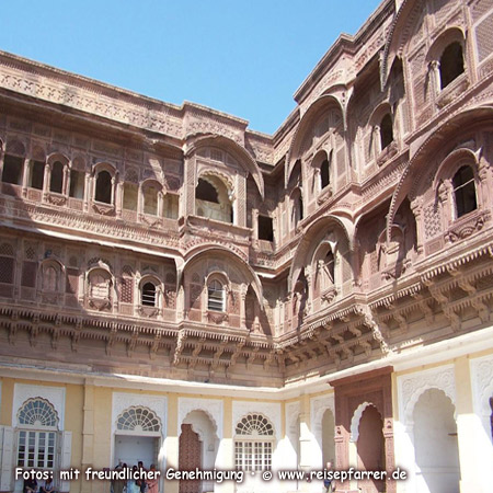 inside Mehrangarh Fort of Jodhpur, known as Blue City, IndiaFoto:© www.reisepfarrer.de