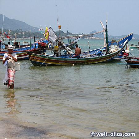 Fischerdorf Hua Thanon, Fischer, Boote, Koh Samui, Thailand