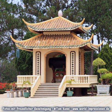 Truc Lam Pagoda near Da Lat