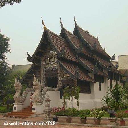 Chiang Mai, Wat Chedi Luang, Thailand