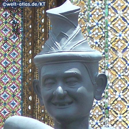 Figur eines Einsiedlers vor dem Tempel des Smaragd-Buddha (Detail)