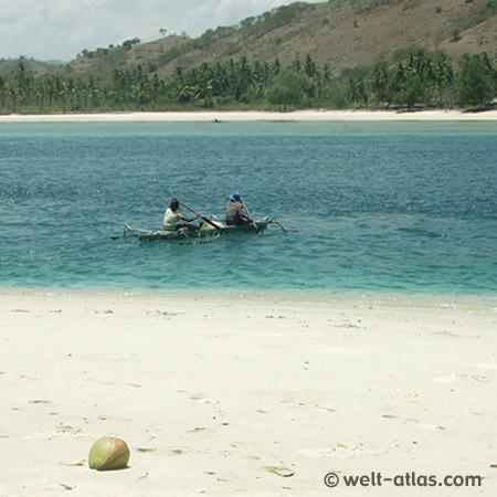 Small boat, Gili Nanggu, Lombok, Indonesia