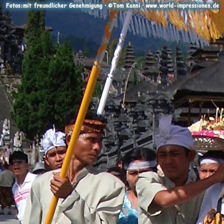 Tempelfest im Pura Besakih Tempel, am heiligen Berg Gunung Augung, Bali
