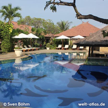 Schöner Pool im Bali Reef Resort – Foto: Sven Böhm für welt-atlas.de