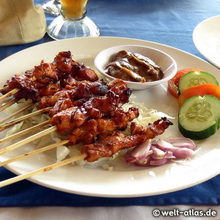 Satays – Mittagsimbiss am Strand von Jimbaran