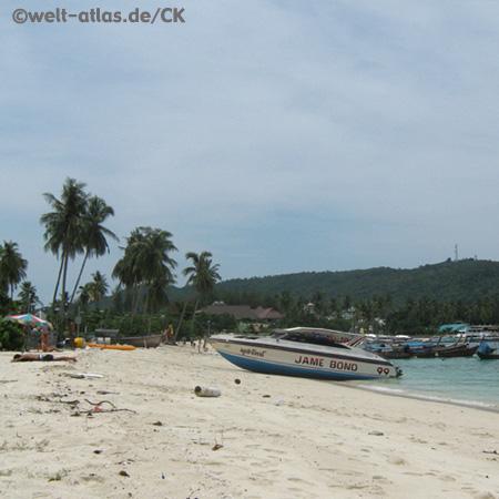 Am Strand von Koh Phi Phi, Provinz Krabi