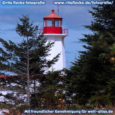 Leuchtturm am Cape Mudge auf Quadra Island, eine der Discovery Islands zwischen Festland und Vancouver Island – Foto:©http://www.ritaflecke.de/fotografie/