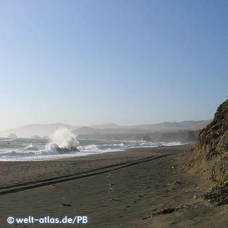 Breaking waves at Sonoma Coast State Beach, Sonoma County, California