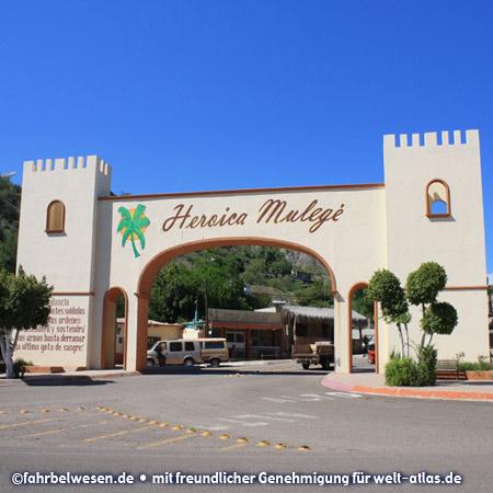 Stadttor von Mulegé, Baja California Sur  – Foto:©fahrbelwesen.de