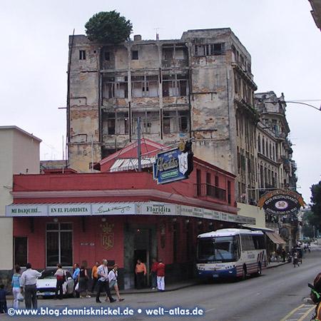 Famous bar in the center of Havana, where Ernest Hemingway had his Daiquiris –  Photo: www.blog.dennisknickel.dealso see http://tupamaros-film.de