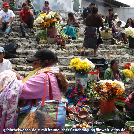 Flower vendors on the steps of the Church of Santo Tomás in Chichicastenango