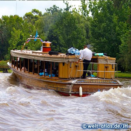 Fahrt mit dem Linienboot auf dem Rio Paraná in Tigre, Argentinien