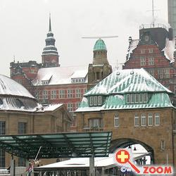 Foto von BSH an den St. Pauli-Landungsbrücken